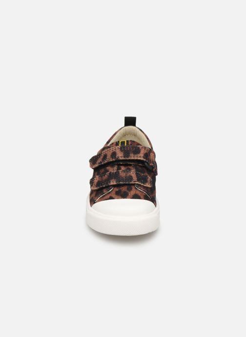 Baskets Clarks City Geo Marron vue portées chaussures