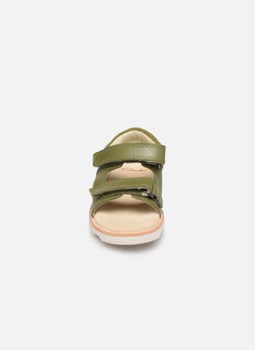 Sandalen Clarks Crown Root T grün schuhe getragen