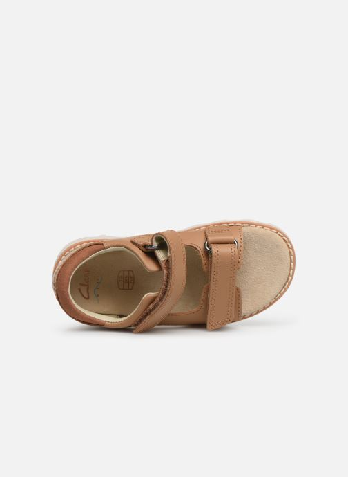 Sandals Clarks Crown Root T Beige view from the left