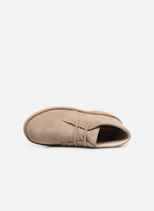 Lace-up shoes Clarks Desert Boot... Beige view from the left