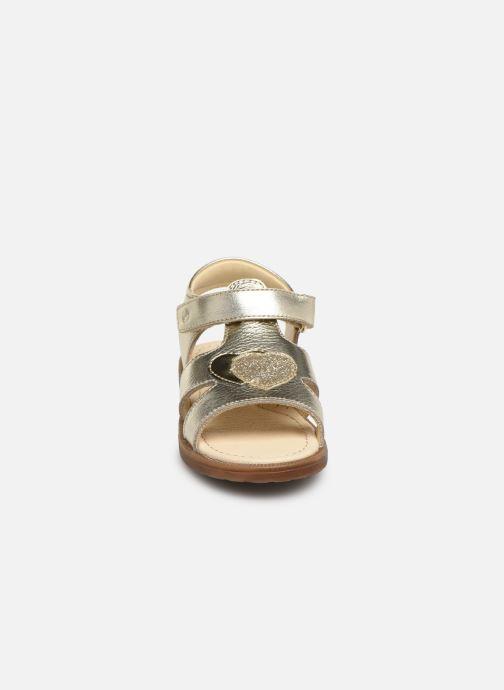 Sandales et nu-pieds Naturino Falcotto Puppet Or et bronze vue portées chaussures