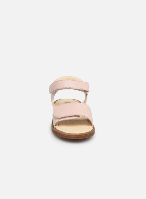 Sandales et nu-pieds Naturino Falcotto Bucket Rose vue portées chaussures