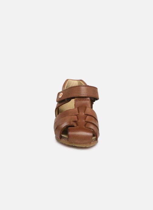 Sandalen Naturino Falcotto Bartlett braun schuhe getragen