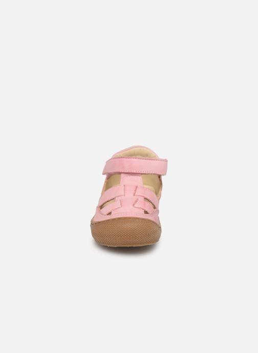 Ballerines Naturino Wad Rose vue portées chaussures