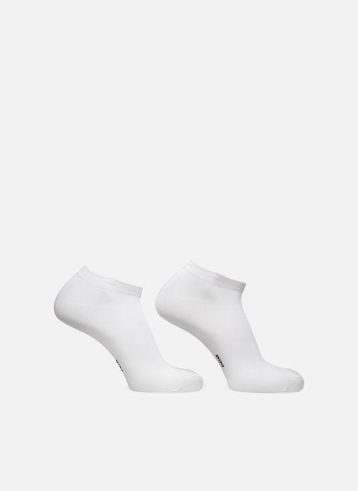 Strumpor och strumpbyxor Dim Socquette Courte Skin Pack de 2 Vit bild av skorna på