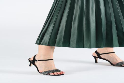 Sandales et nu-pieds Xti 32081 Noir vue bas / vue portée sac