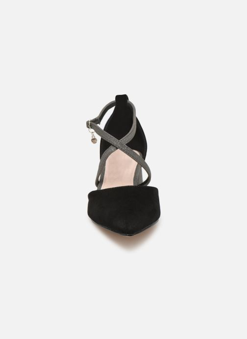 Sandales et nu-pieds Xti 32094 Noir vue portées chaussures