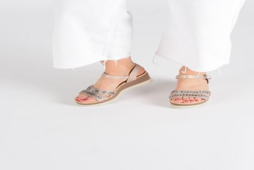 Sandals Xti 48860 Beige view from underneath / model view