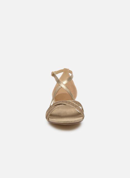 Sandales et nu-pieds Xti 48986 Beige vue portées chaussures