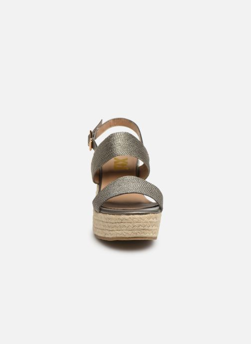 Sandales et nu-pieds Xti 49065 Gris vue portées chaussures
