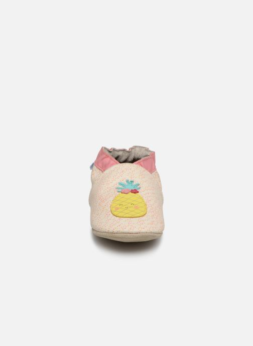 Chaussons Robeez Sweet Pinapple Blanc vue portées chaussures