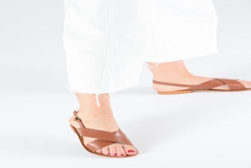 Sandales et nu-pieds L'Atelier Tropézien SB813 Marron vue bas / vue portée sac