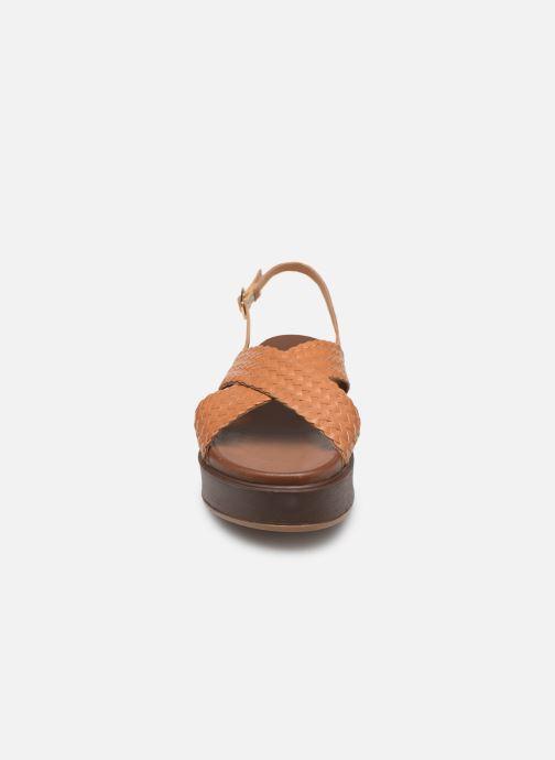 Sandales et nu-pieds L'Atelier Tropézien CHV 19 269 AL Marron vue portées chaussures