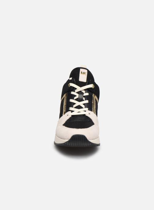Sneaker Michael Michael Kors Georgie Trainer beige schuhe getragen