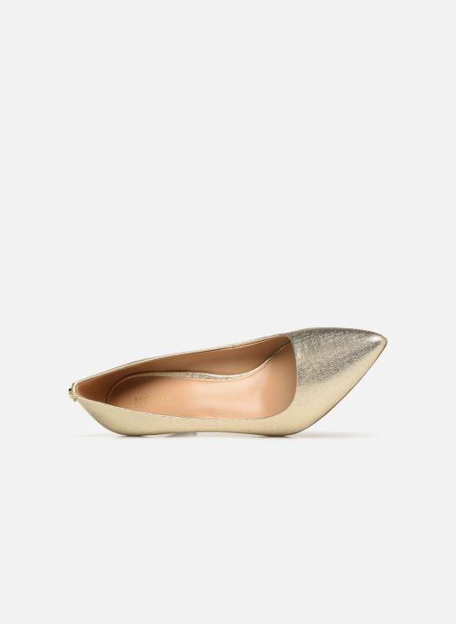 Zapatos de tacón Michael Michael Kors Dorothy Flex Pump Oro y bronce vista lateral izquierda