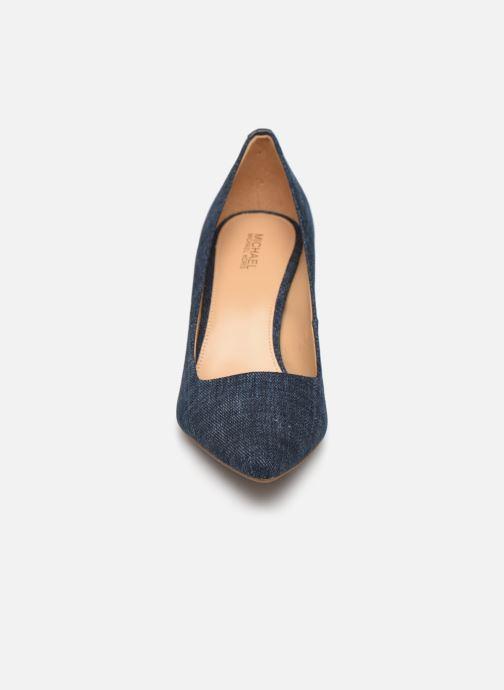 Escarpins Michael Michael Kors Dorothy Flex Pump Bleu vue portées chaussures