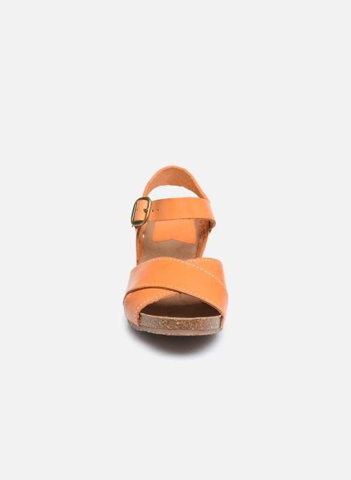 Sandales et nu-pieds Kickers SALAMBO Orange vue portées chaussures