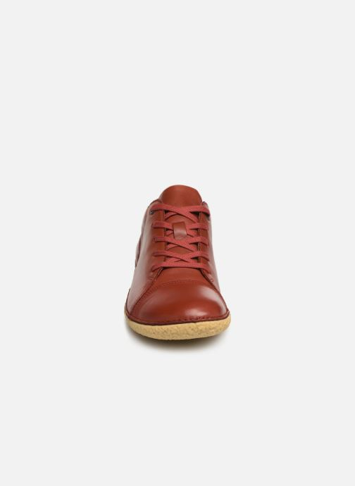 Chaussures à lacets Kickers HONY Rouge vue portées chaussures