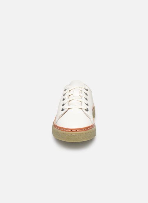 Baskets Kickers SAMLA Blanc vue portées chaussures