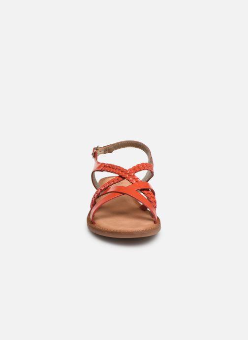 Sandalias Kickers ETHY Naranja vista del modelo
