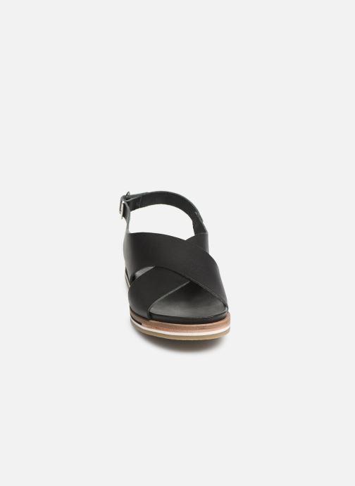 Sandales et nu-pieds Kickers OCEANIE Noir vue portées chaussures