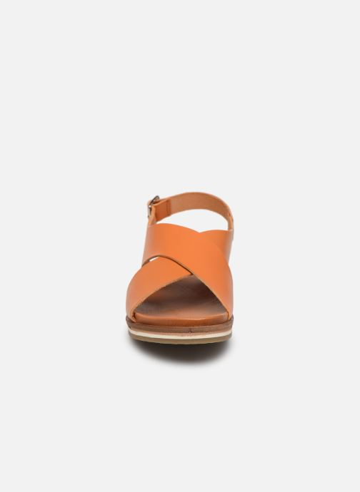 Sandales et nu-pieds Kickers OCEANIE Marron vue portées chaussures