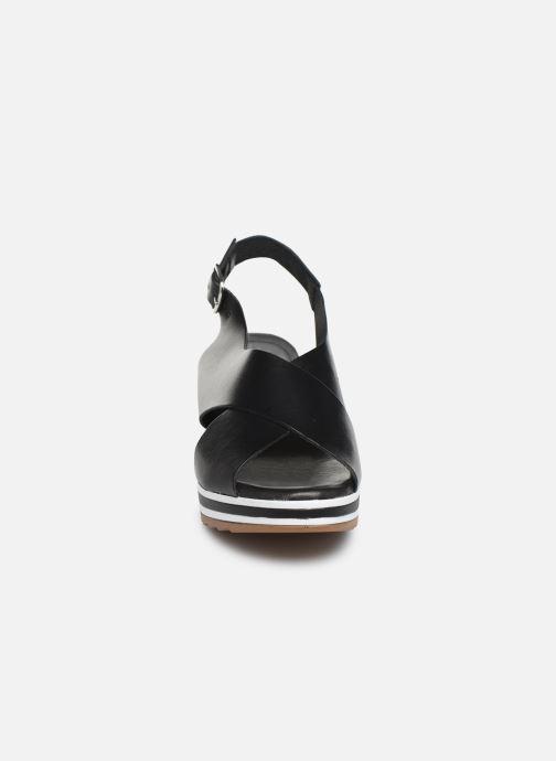 Sandaler Kickers WING Svart bild av skorna på