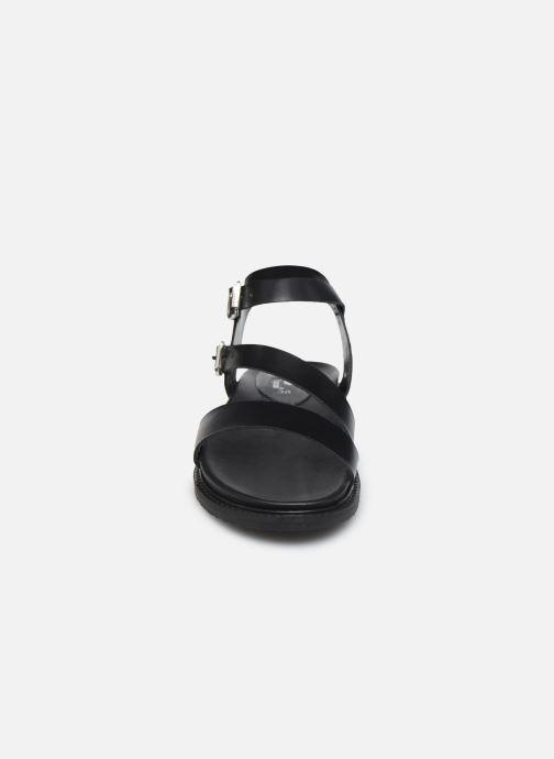 Sandali e scarpe aperte L'Atelier Tropézien MG6011 Nero modello indossato
