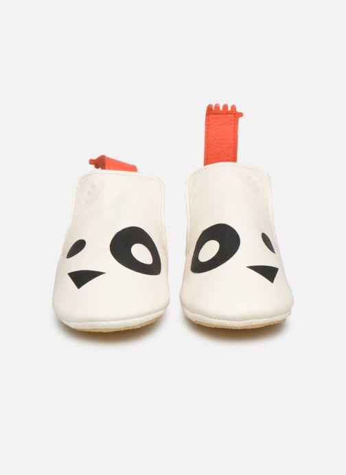 Pantuflas Easy Peasy Blublu Panda Blanco vista del modelo