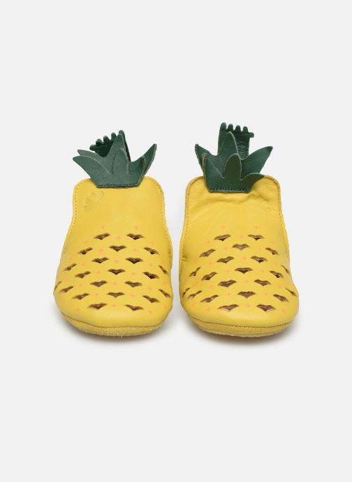Chaussons Easy Peasy Blublu Ananas Jaune vue portées chaussures