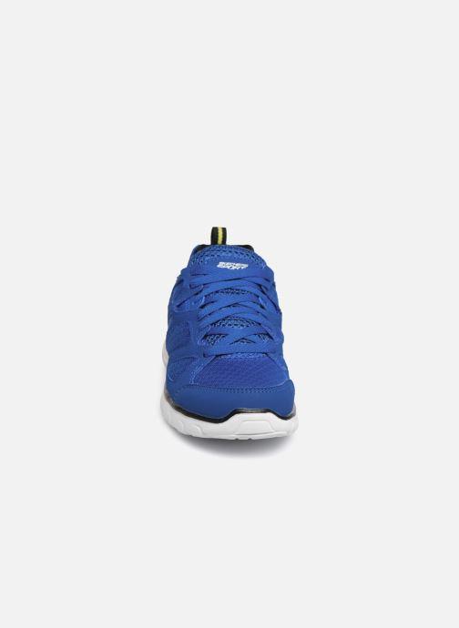 Baskets Skechers Vim/Turbo Ride Bleu vue portées chaussures