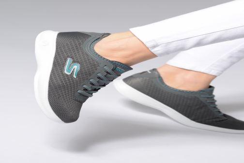 Sneaker Skechers Go Step Lite/Dashing grau ansicht von unten / tasche getragen
