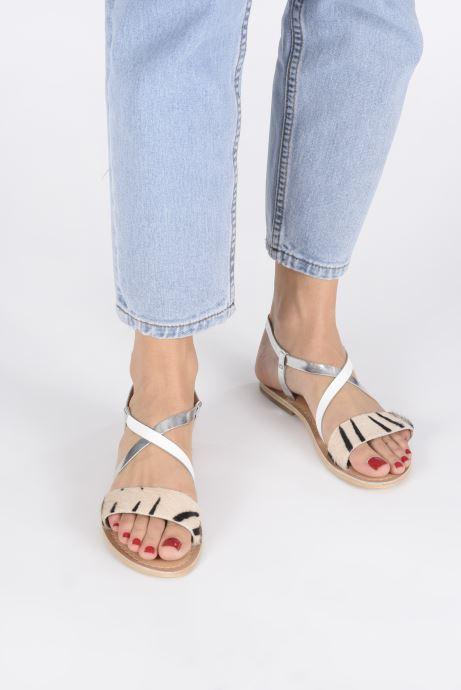 Sandales et nu-pieds Georgia Rose Kacia Or et bronze vue bas / vue portée sac