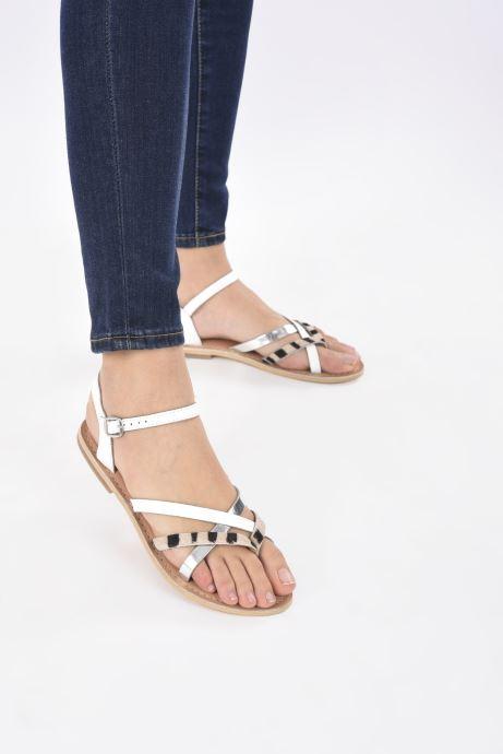 Sandales et nu-pieds Georgia Rose Kaorou Blanc vue bas / vue portée sac