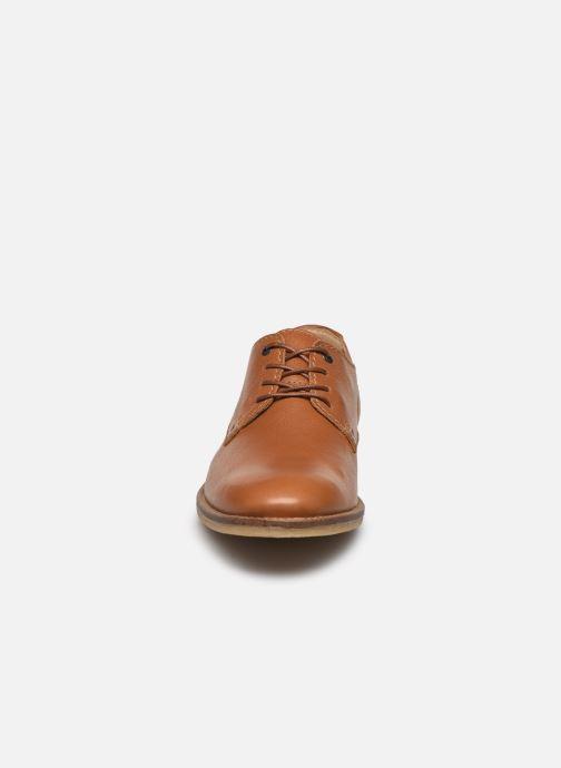 Chaussures à lacets Kickers BACAR Marron vue portées chaussures