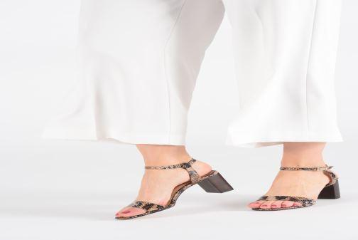 Sandales et nu-pieds Jonak VRISTO Marron vue bas / vue portée sac