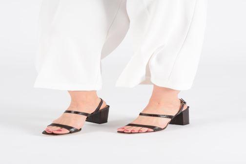Sandales et nu-pieds Jonak VIMATI Marron vue bas / vue portée sac