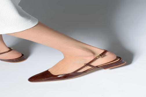 Sandales et nu-pieds Jonak DHAPSANS Marron vue bas / vue portée sac