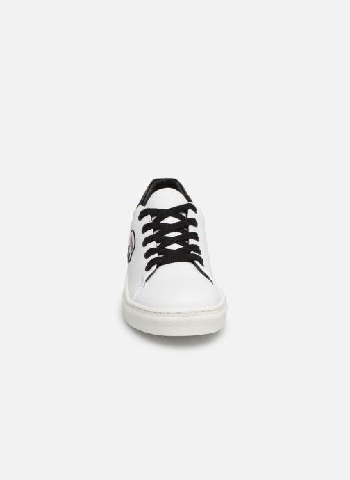 Sneakers KARL LAGERFELD Basket Z29016 Wit model