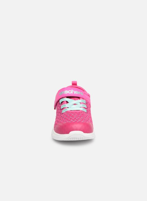 Zapatillas de deporte Skechers Comfy Flex Sparkle Dash Rosa vista del modelo