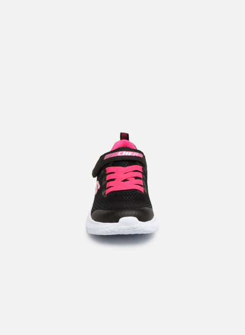 Trainers Skechers Dyna-Air Black model view
