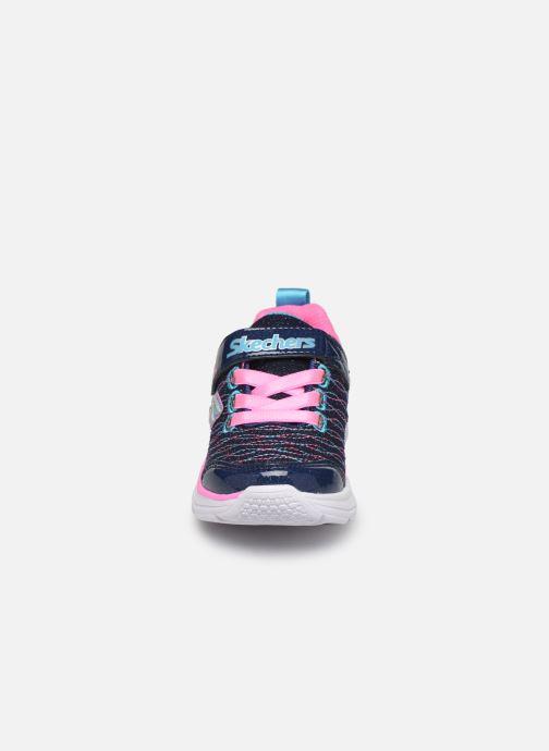 Chaussures de sport Skechers Wavy Lites Bleu vue portées chaussures
