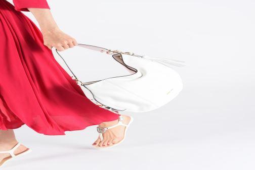 Bolsos de mano Michael Michael Kors BROOKE HOBO Blanco vista de abajo