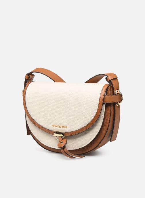 Bolsos de mano Michael Michael Kors MARA MD SADDLE BAG Blanco vista del modelo