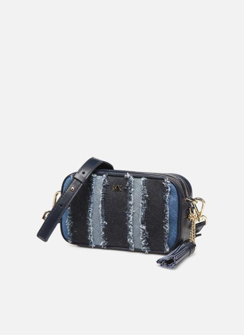 Sacs à main Michael Michael Kors SM CAMERA BAG Bleu vue portées chaussures