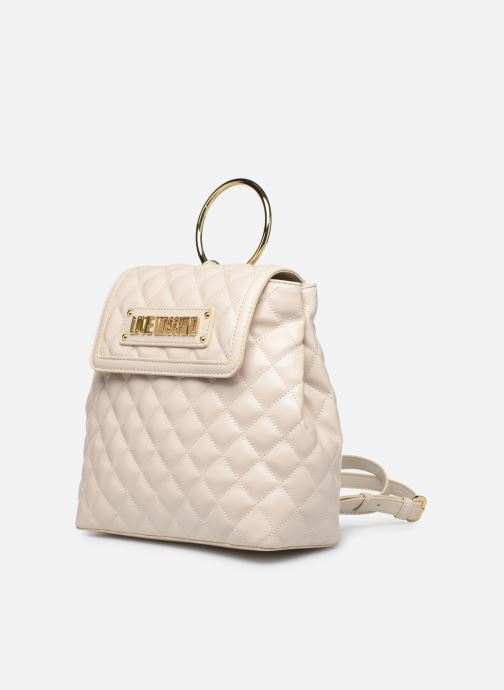 Zaini Love Moschino NEW SHINY QUILTED BACKPACK Beige modello indossato