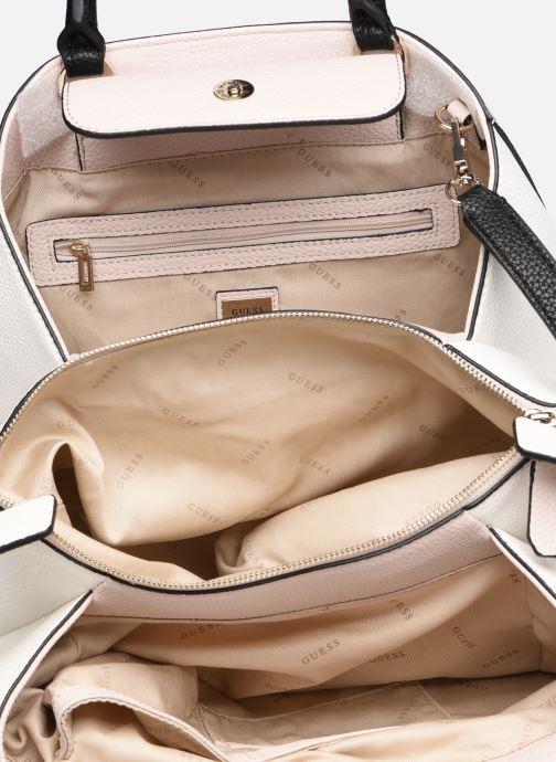 Handväskor Guess COLETTE GIRLFRIEND SATCHEL Rosa bild från baksidan