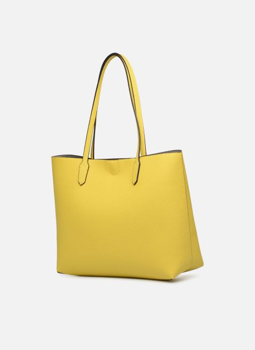 Handbags Guess UPTOWN CHIC BARACELON TOTE Yellow view from the right