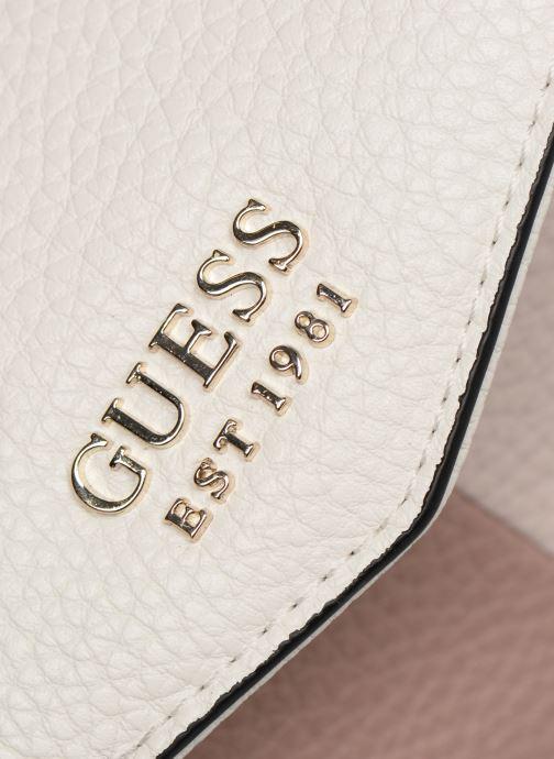 Portemonnaies & Clutches Guess COLETTE LARGE CLUTH ORGANIZER weiß ansicht von links