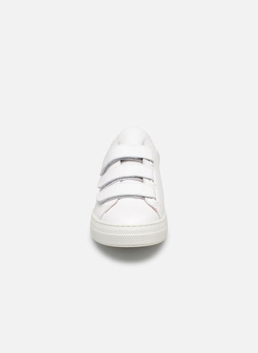 Baskets Schmoove Spark Free Nappa/Nappa Blanc vue portées chaussures